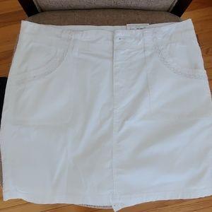 White comfy skirt